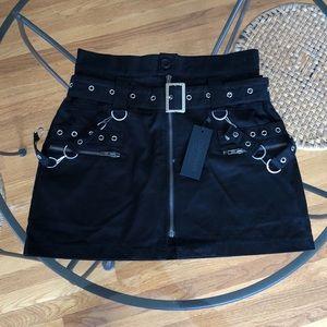 Black chain Carmar Skirt NWT